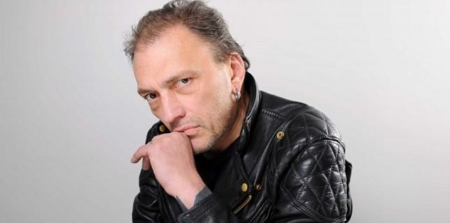5376533-deces-du-chanteur-daniel-darc